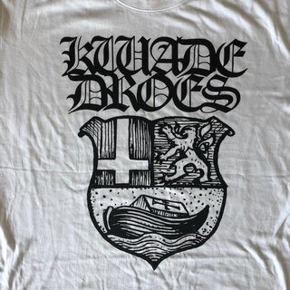 Kwade Droes- Crest T-Shirt (white)